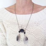 collier-plume-naturelle-pierre-semie-precieuse-noir