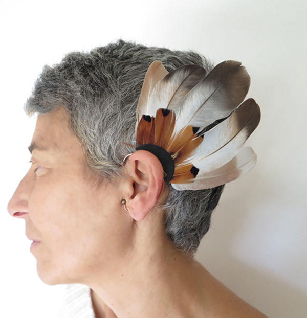 ear-cuff-plume-naturelle-beige